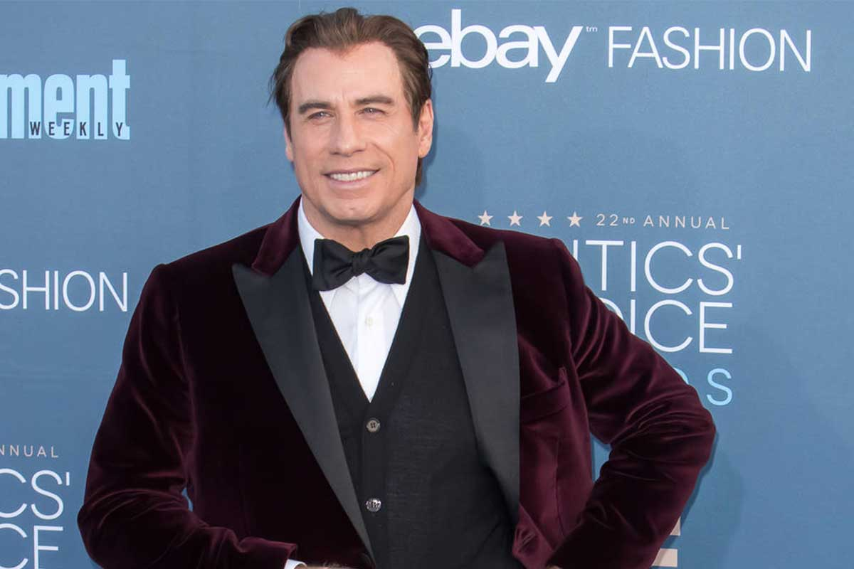 Matteo-Perin-John-Travolta's-Critics'-Choice-Awards-suit